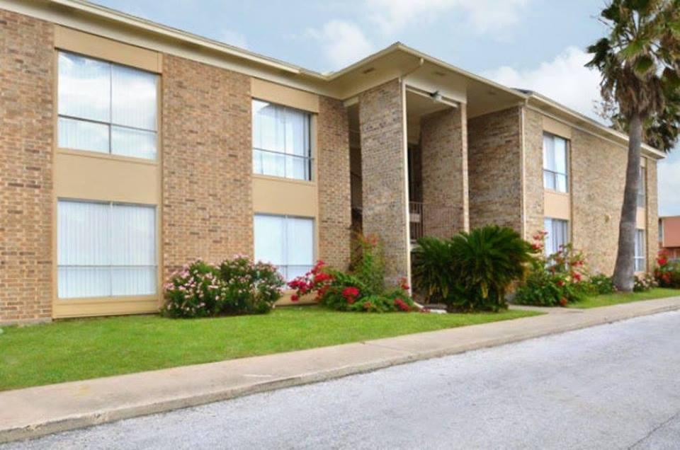 Ashton Place Apartments Galveston TX