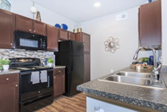 Kitchen at Listing #305926