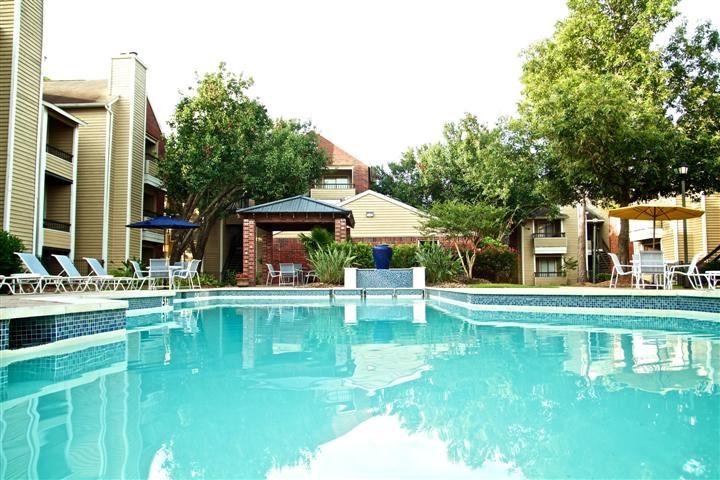 Pool at Listing #138987
