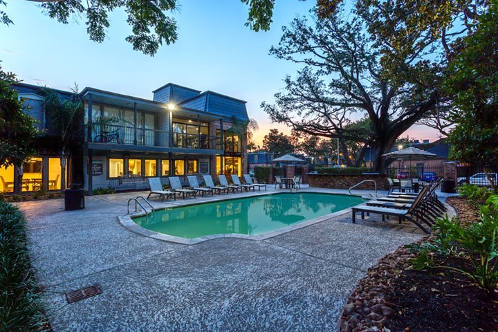 Pool at Listing #138768