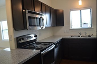 Kitchen at Listing #252359