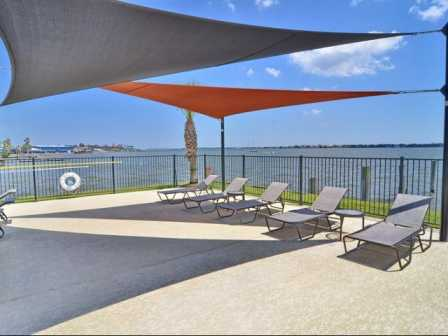 Lounge at Listing #138342