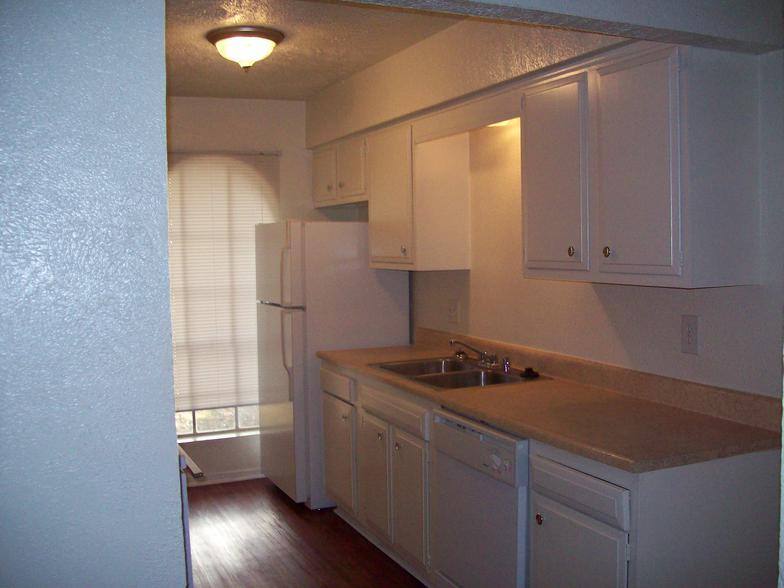 Kitchen at Listing #136822