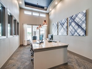 Business Center at Listing #291816