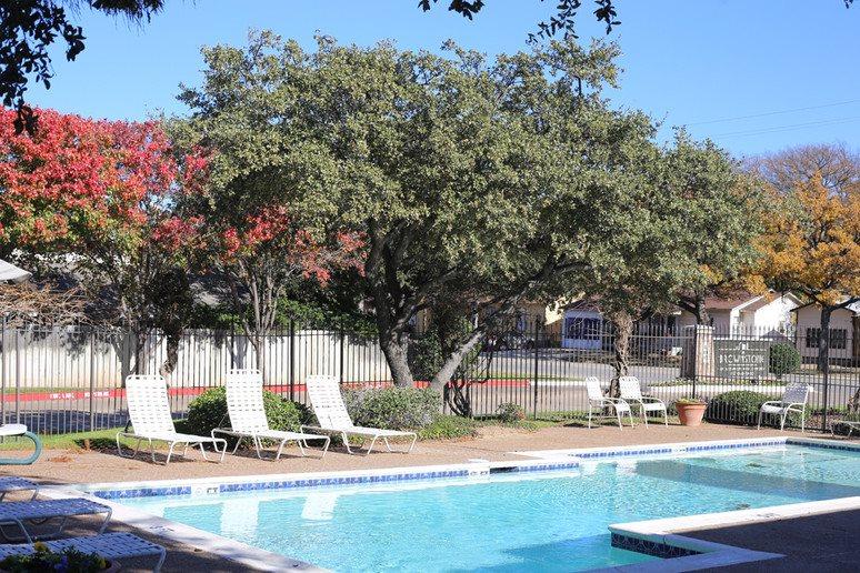 Pool at Listing #136943