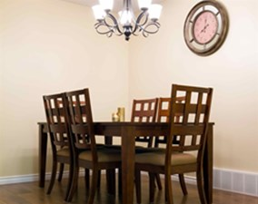 Dining at Listing #136916