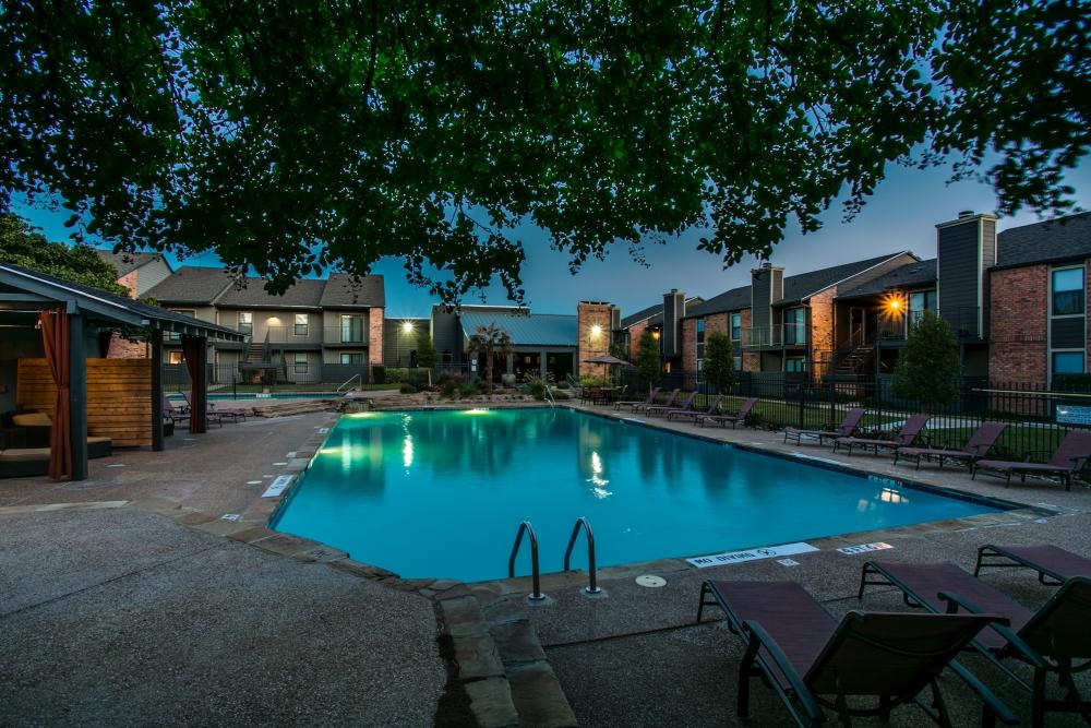 Pool at Listing #136293