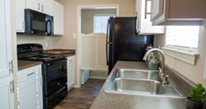 Kitchen at Listing #136940