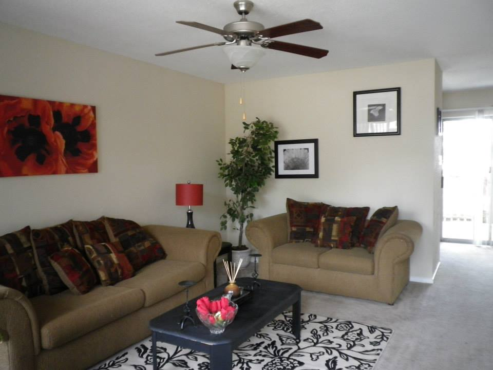 Living at Listing #138992
