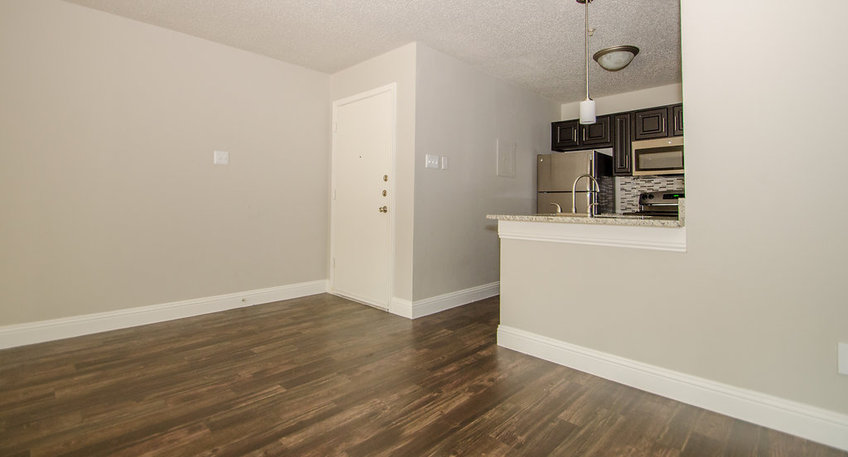 Dining/Kitchen at Listing #136113