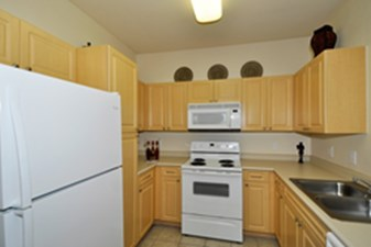Laundry at Listing #144165