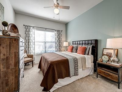Bedroom at Listing #138052