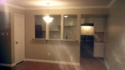Living at Listing #226697