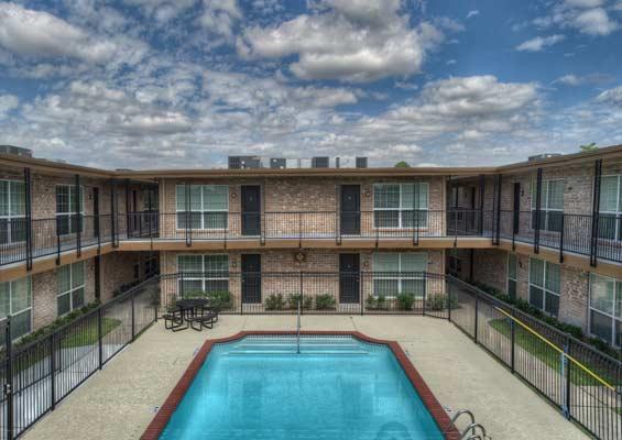 Pool at Listing #139431