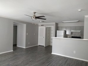 Dining/Kitchen at Listing #140056