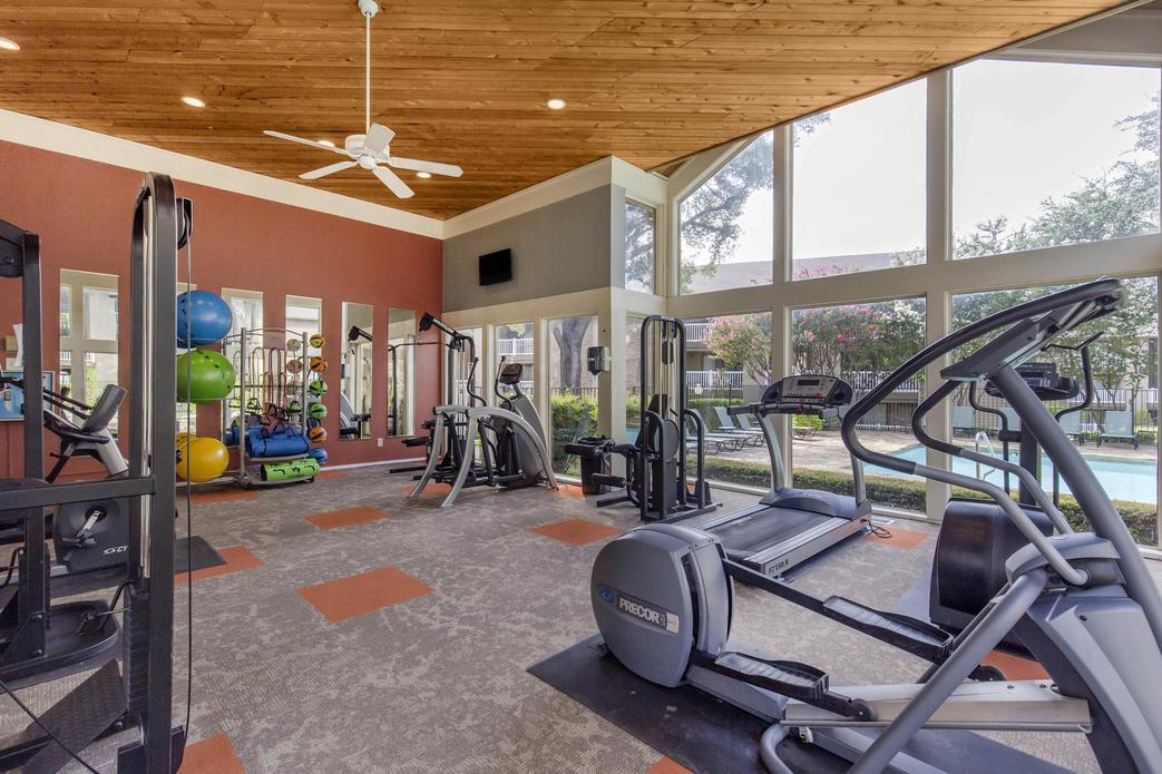 Fitness at Listing #136053