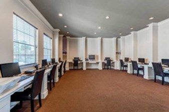 Business Center at Listing #140138