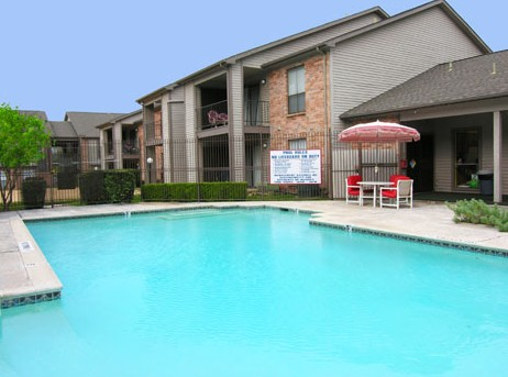 Pool at Listing #140711