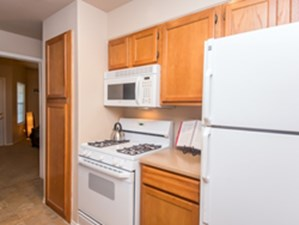 Kitchen at Listing #140604