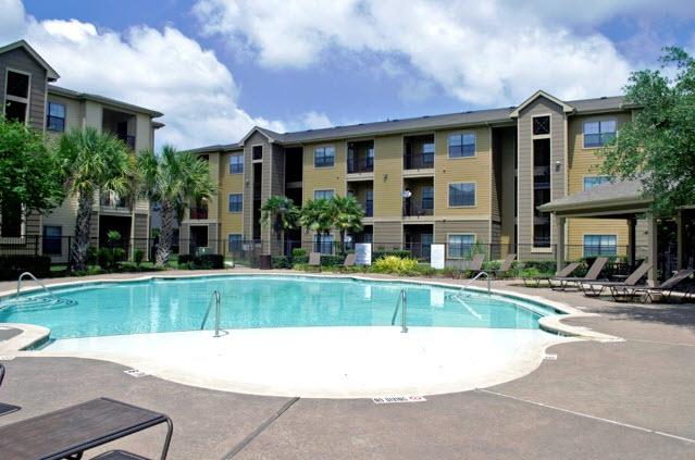 Pool at Listing #145664