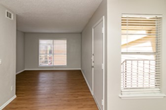 Living at Listing #140940