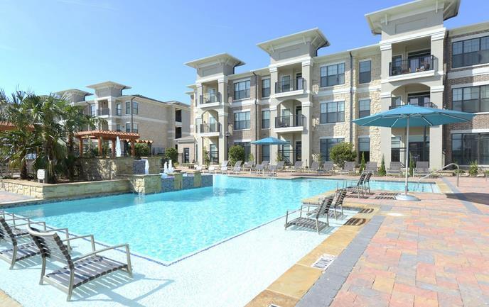 Pool at Listing #231521