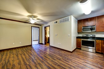 Dining/Kitchen at Listing #140364