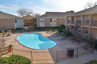 Pavilion place houston 695 for 1 2 bed apts - Westbury swimming pool houston tx ...