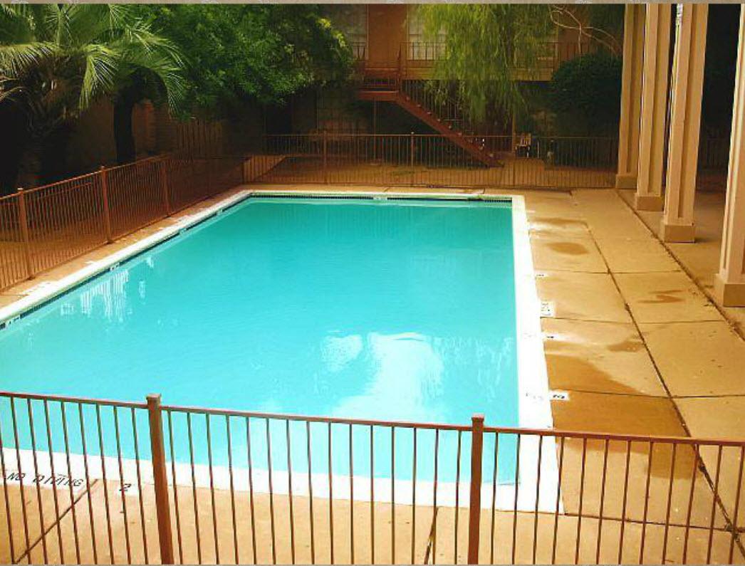 Pool at Listing #140044