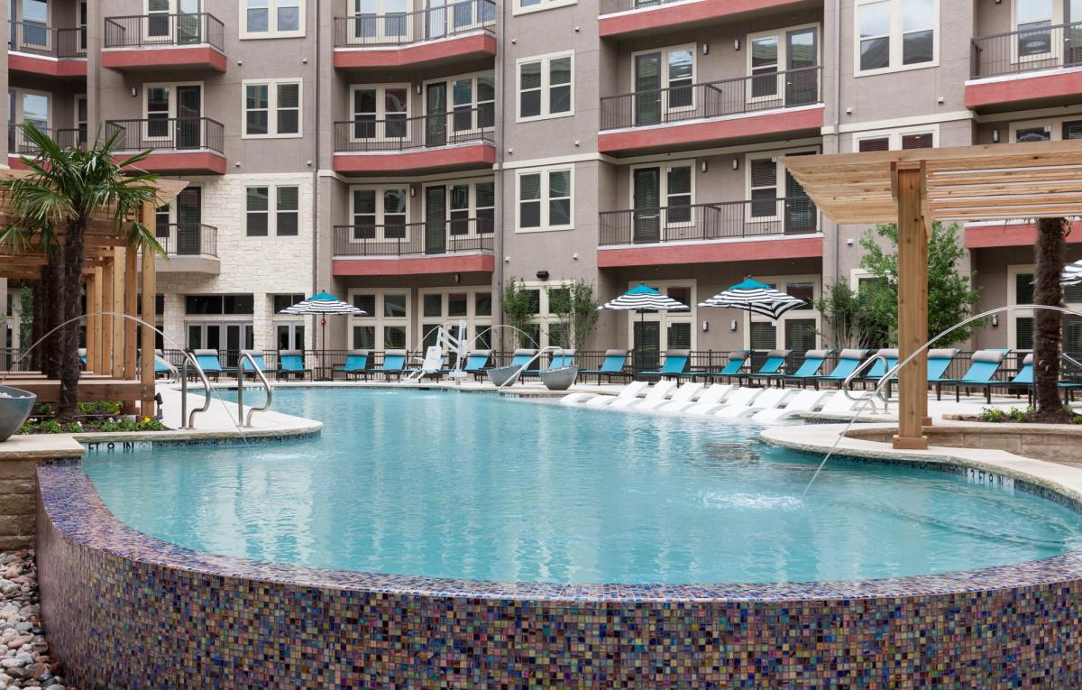 Pool at Listing #275527
