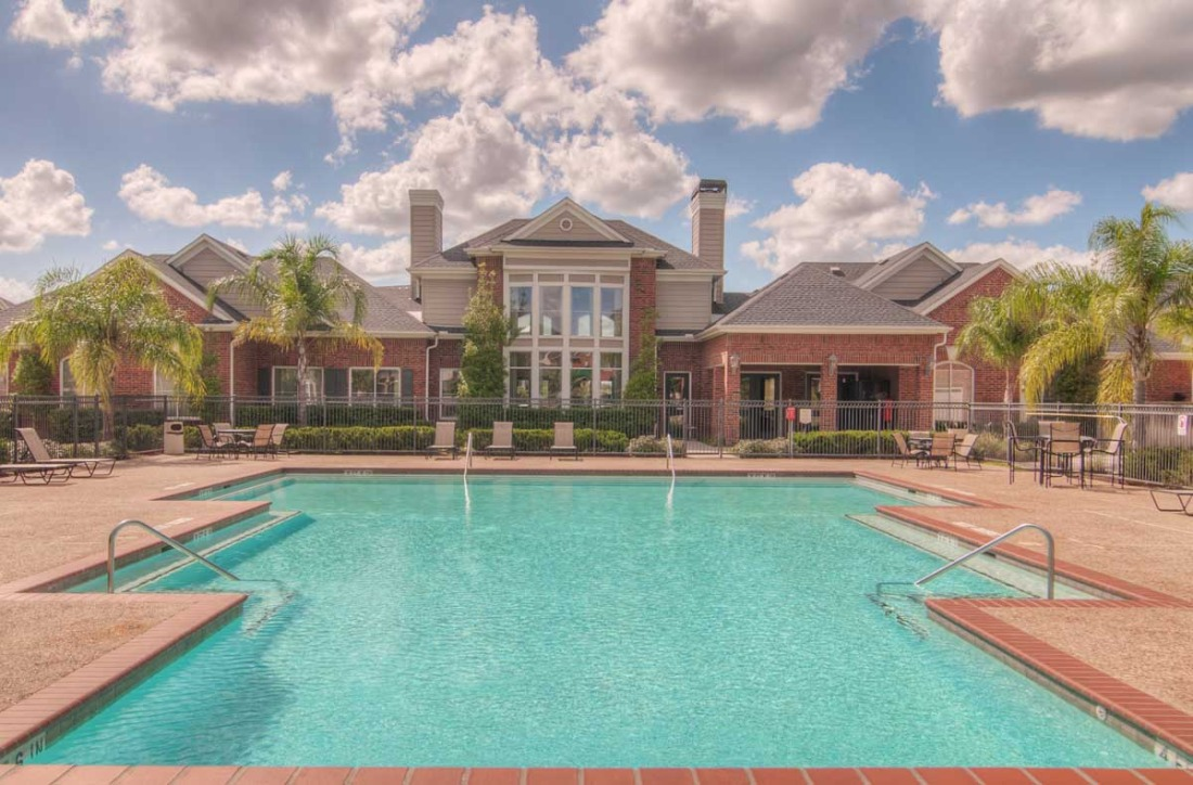 Pool at Listing #147094