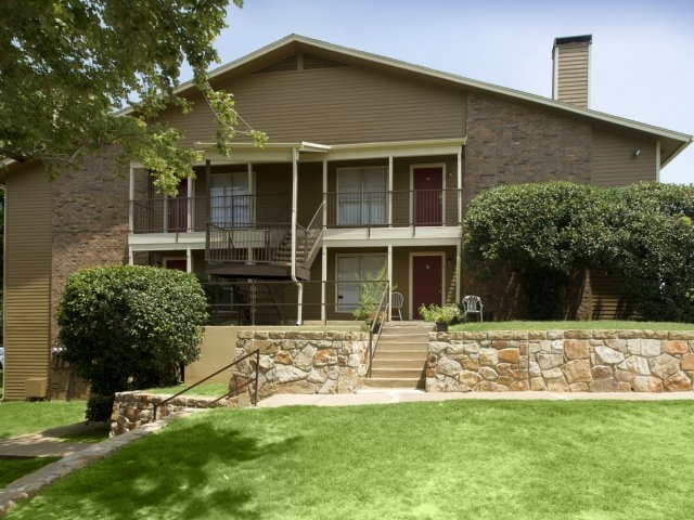 Autumn Breeze Apartments Lewisville, TX