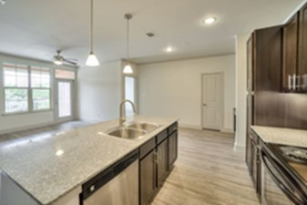 Dining/Kitchen at Listing #311604