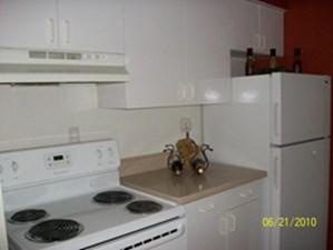 Kitchen at Listing #139274