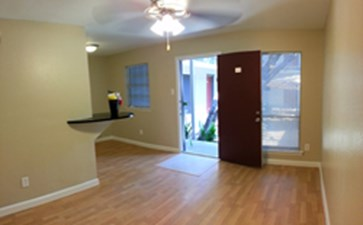 Living at Listing #145097
