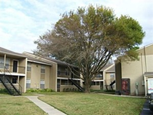 Exterior at Listing #139647