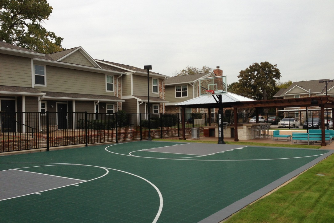 Basketball Court at Listing #137571