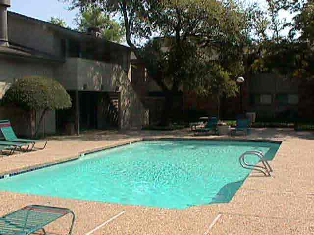 Pool at Listing #136068