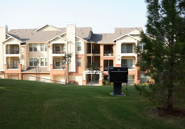 Exterior at Listing #138216