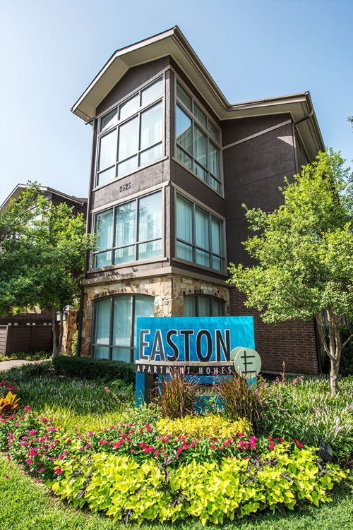 Easton ApartmentsDallasTX