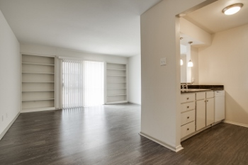 Living at Listing #135722