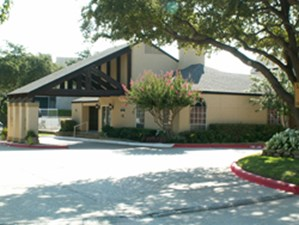 Exterior at Listing #135687