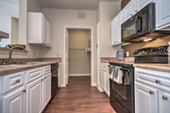 Kitchen at Listing #140757