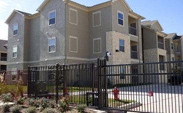Exterior at Listing #267607
