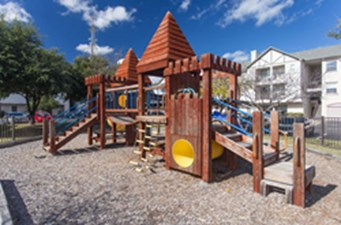 Playground at Listing #140708