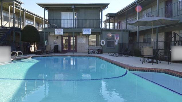 Pool at Listing #137220