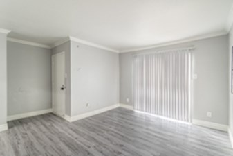 Living at Listing #138873