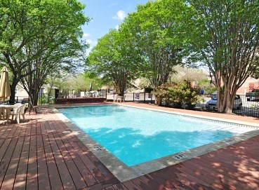 Pool at Listing #140498