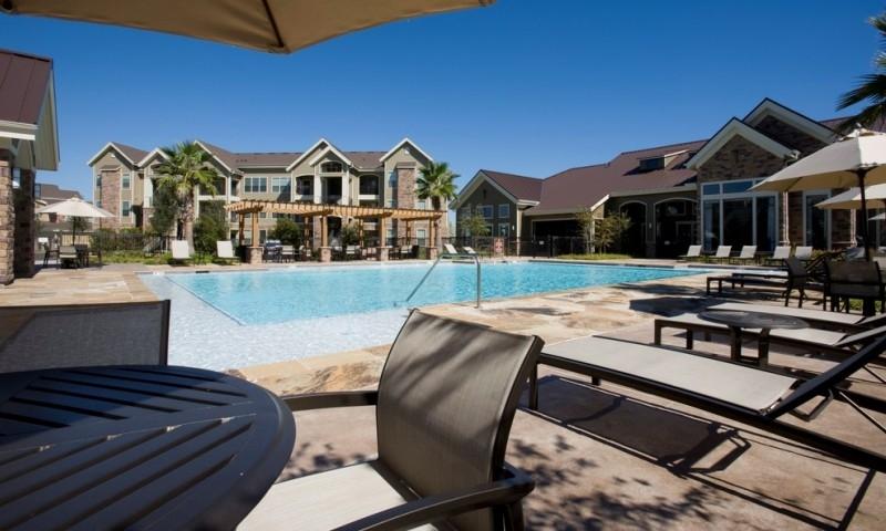 Pool at Listing #150465