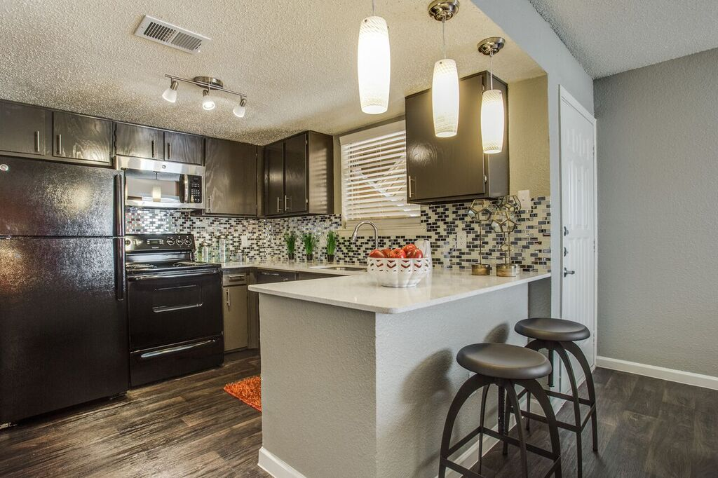 Kitchen at Listing #136817